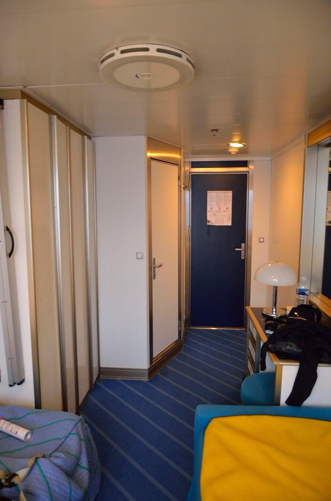 travers e toulon ajaccio avec corsica ferry damien dudognon mon blog photo randonn e. Black Bedroom Furniture Sets. Home Design Ideas