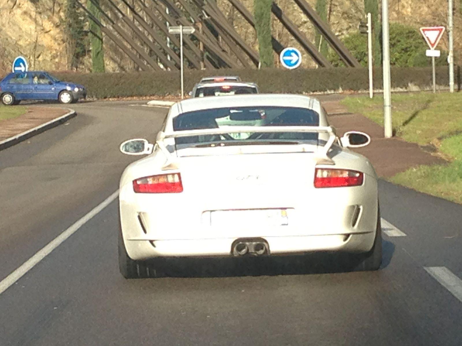 Porsche GT3 is LOUD!