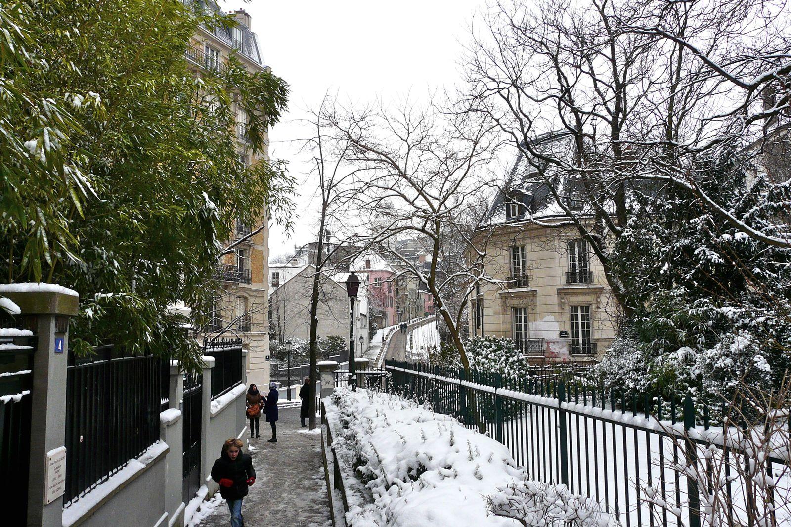 Neige sur la butte - Snow on the hill