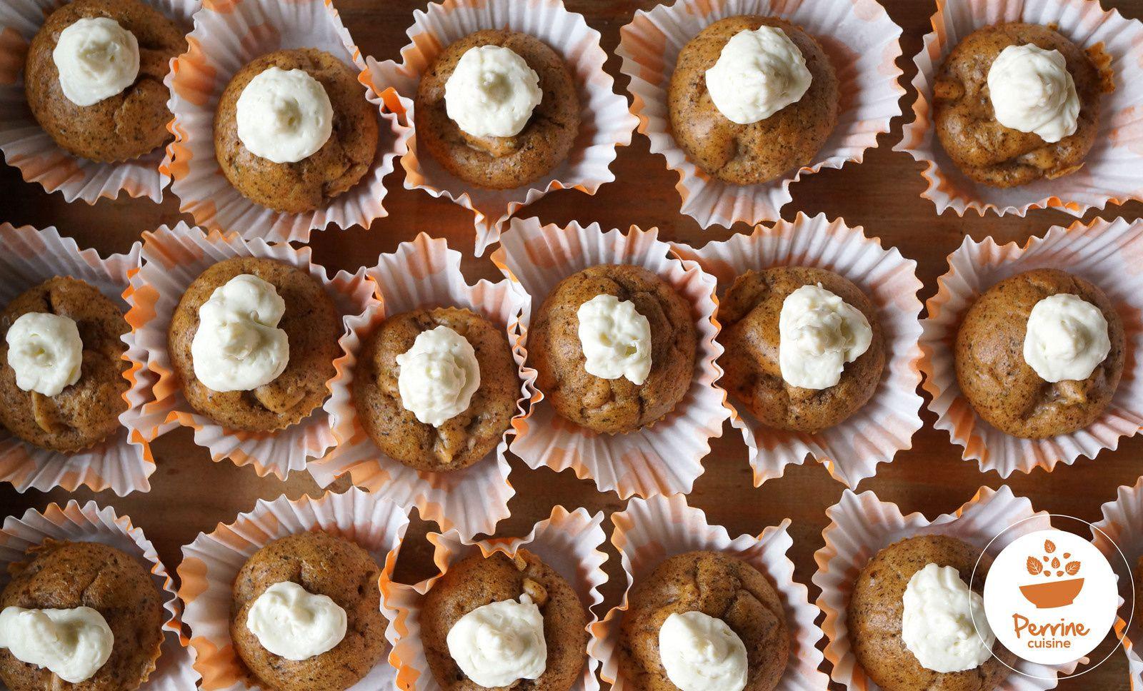 Cupcakes poires, noix, chantilly au Bleu d'Auvergne