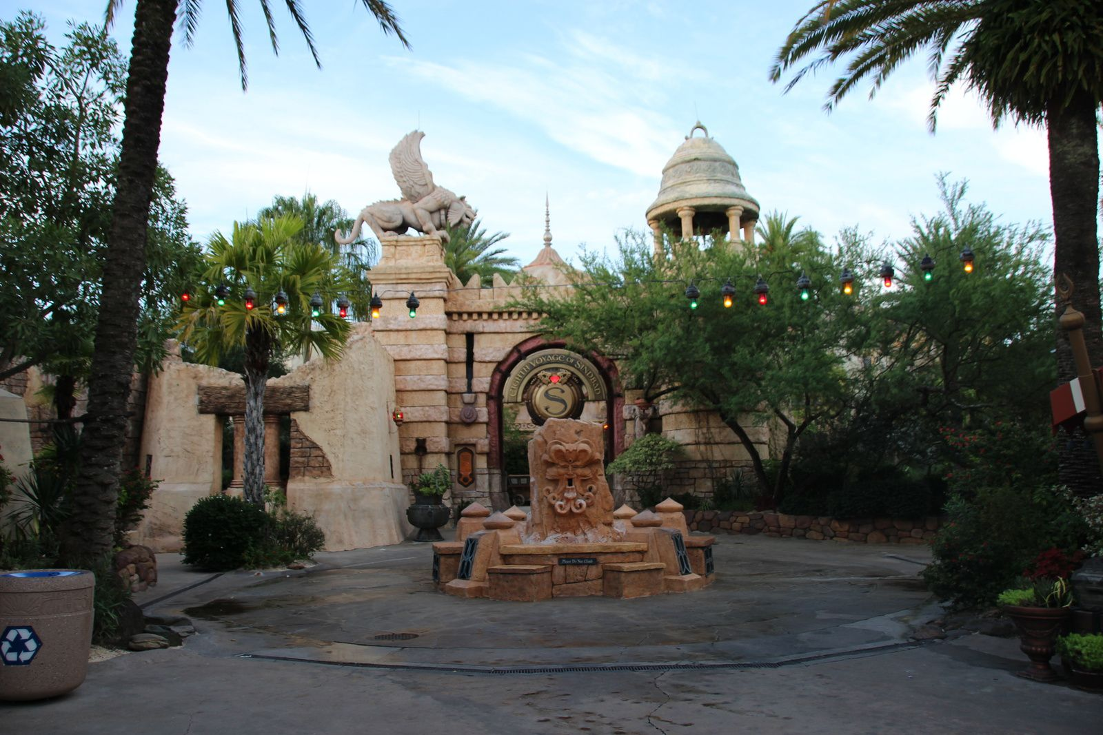 The lost continent : Universal's Islands of Adventure