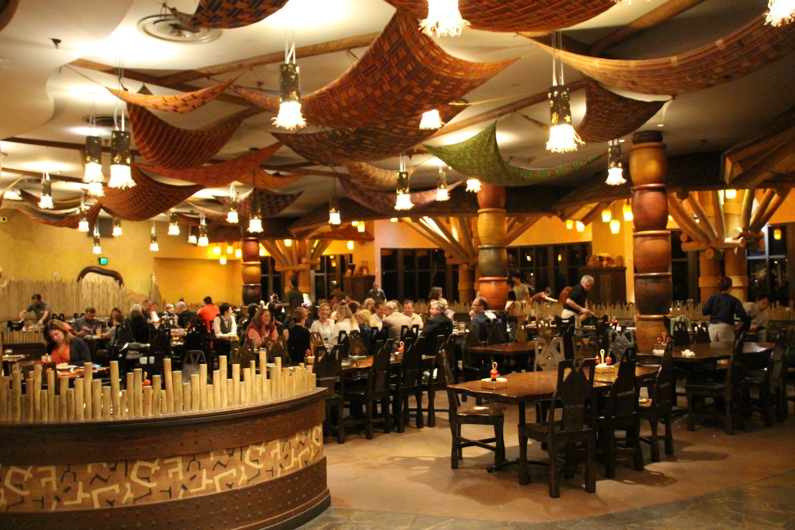 L'hôtel Disney's Animal Kingdom Lodge et son restaurant Boma