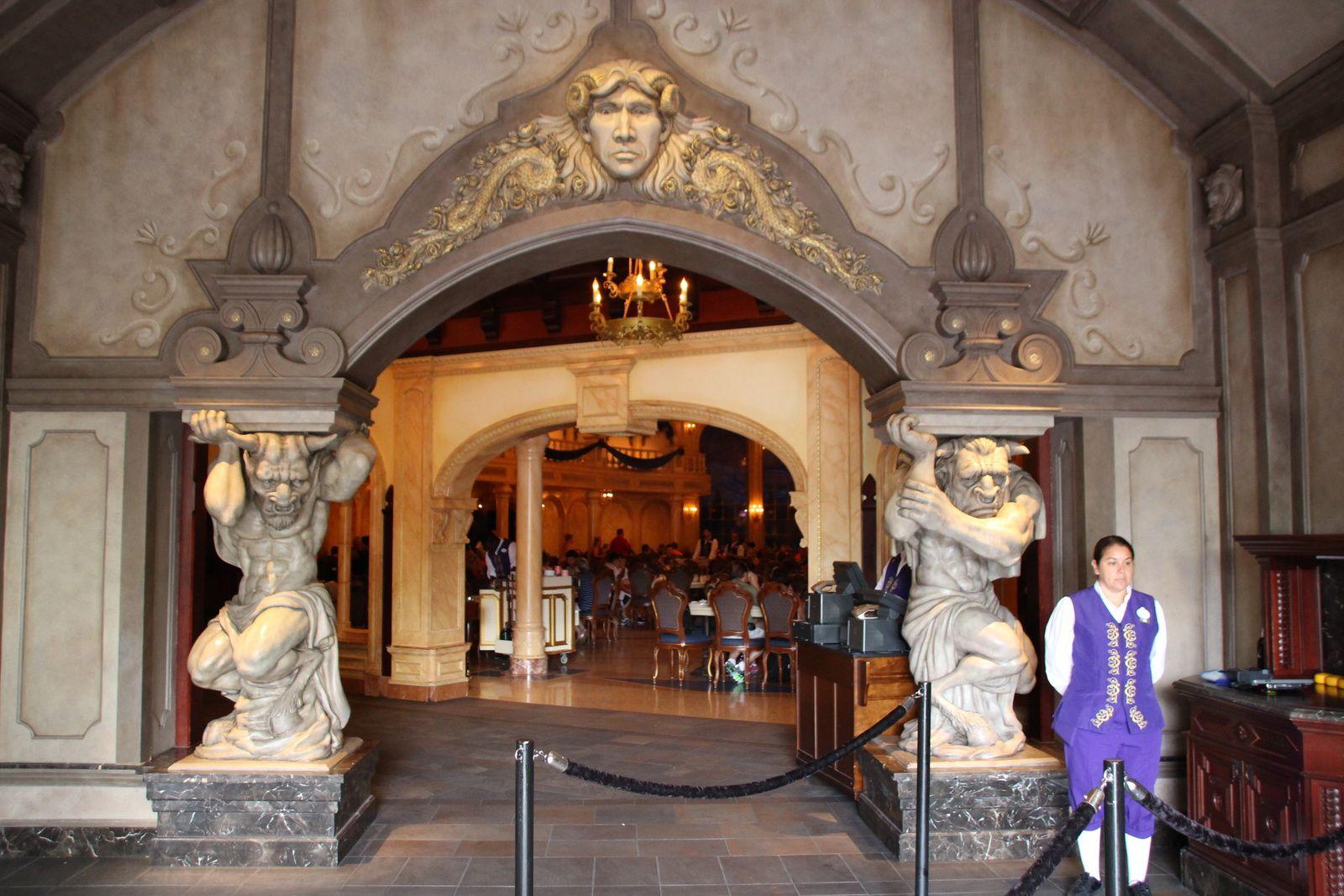 Fantasyland : l'univers de la Belle et la Bête