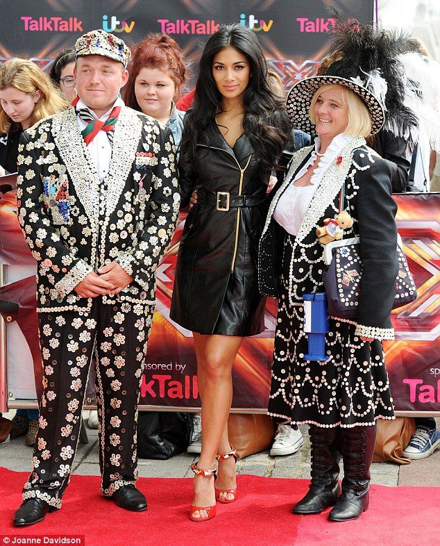 {Celebrities} Nicole Scherzinger looking fabulous @ X-Factor auditions