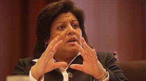 Mano dura. Manuela García advirtió que las multas incluirán a empleadores que hostiguen quienes supongan que son VIH positivo.