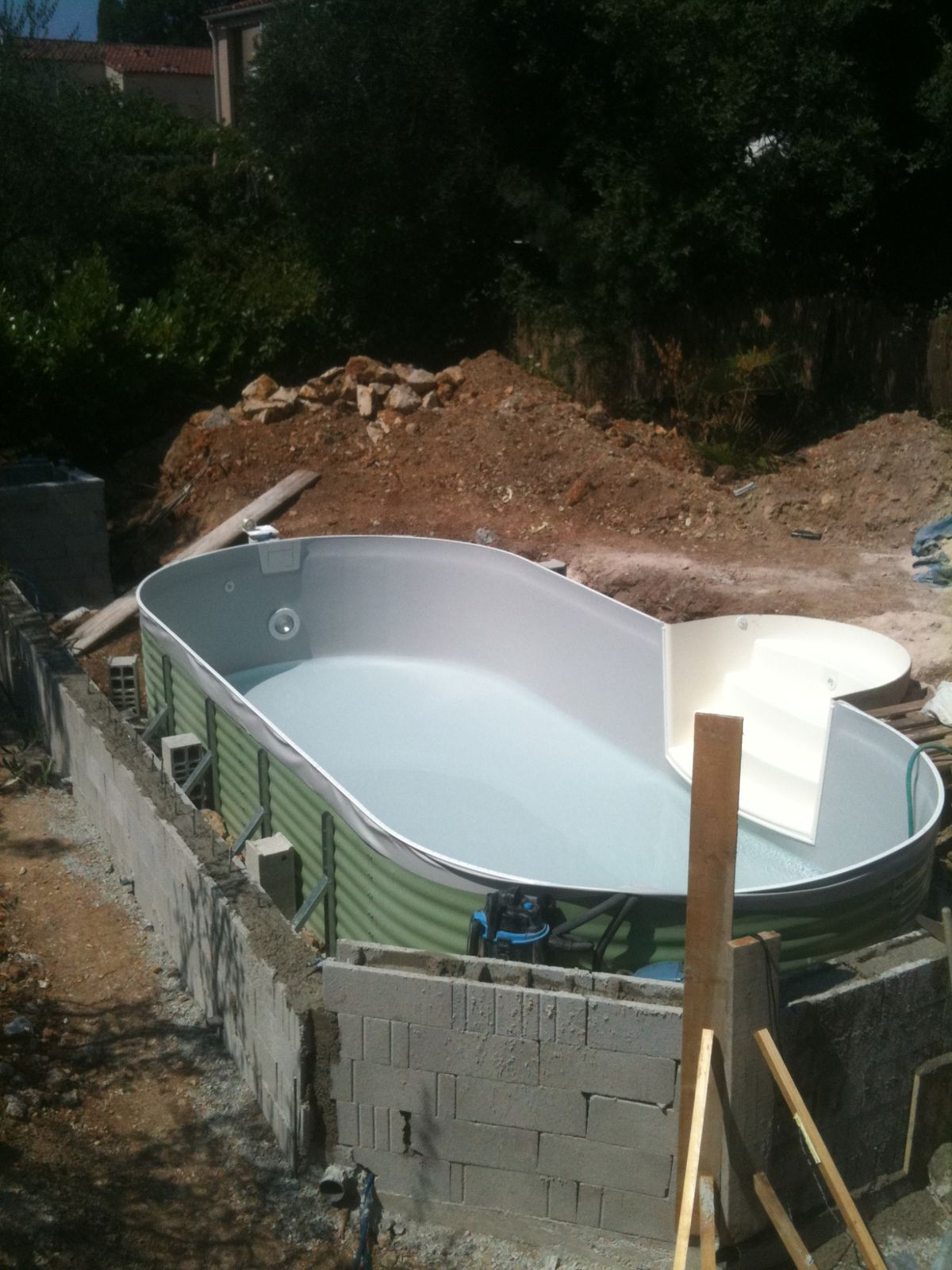 Articles populaires construction de notre piscine waterair for Construction piscine 78