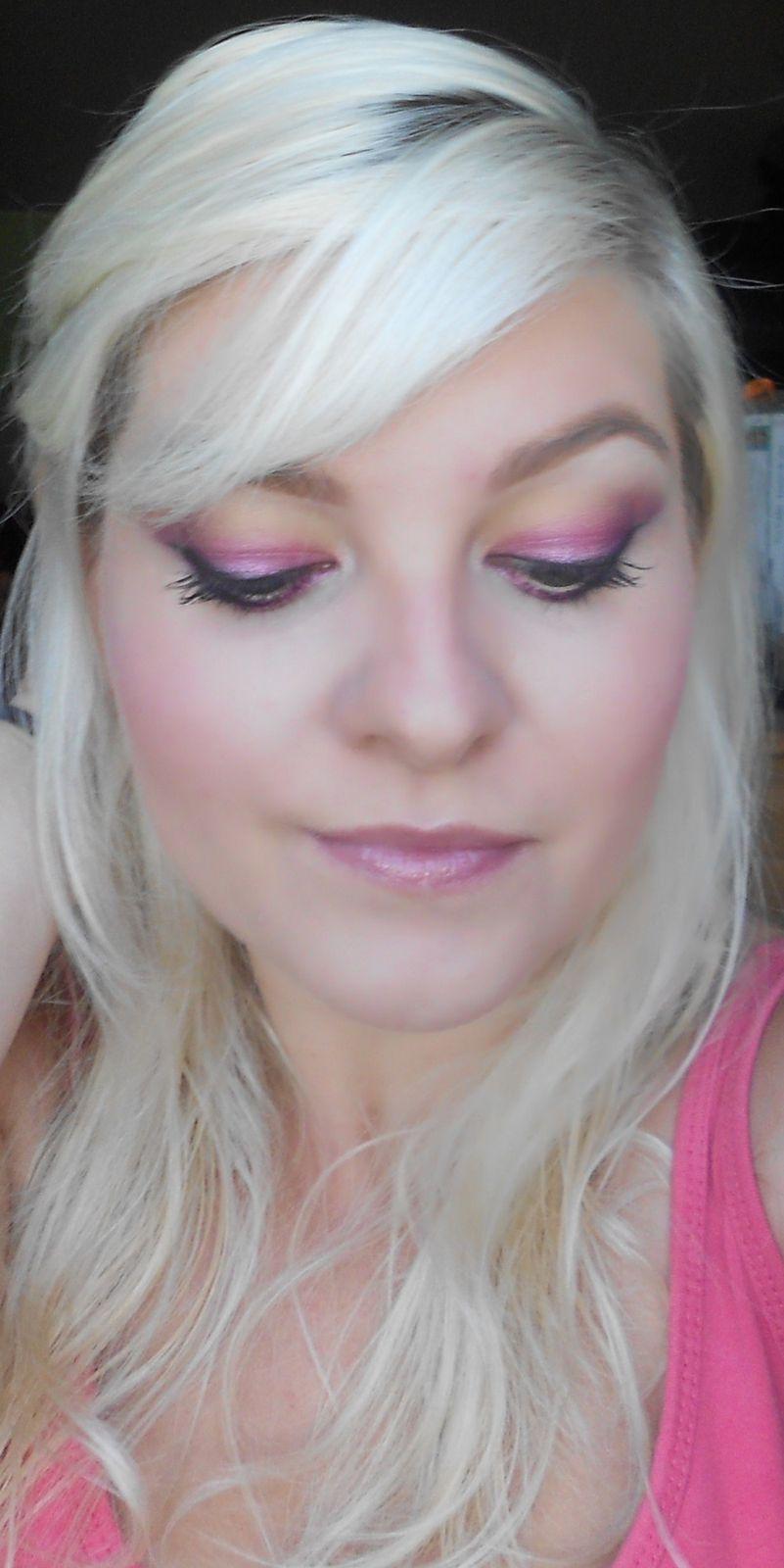 Tuto : Du rose pour un maquillage vitaminé !!