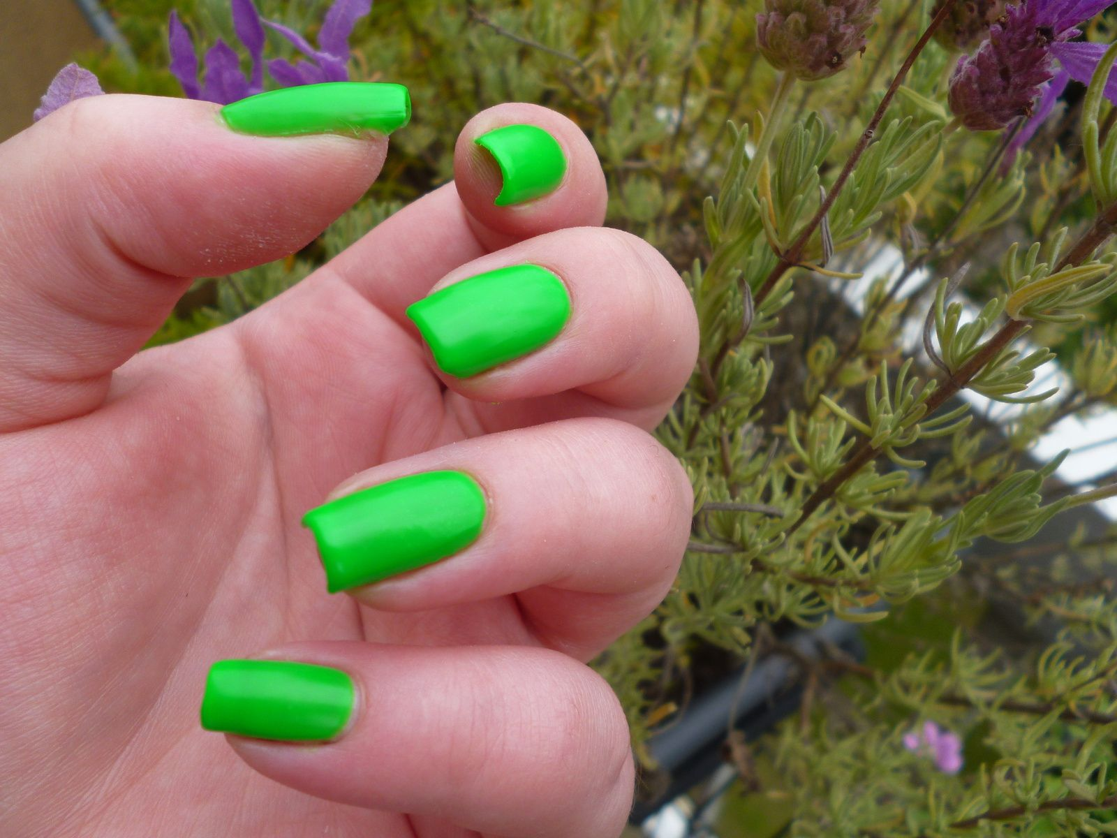 MY EXTREM VERNIS GREEN FLUO - Beautynails