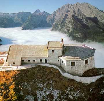 In gita al rifugio di Adolf Hitler con gli Alpini di Udine Sud