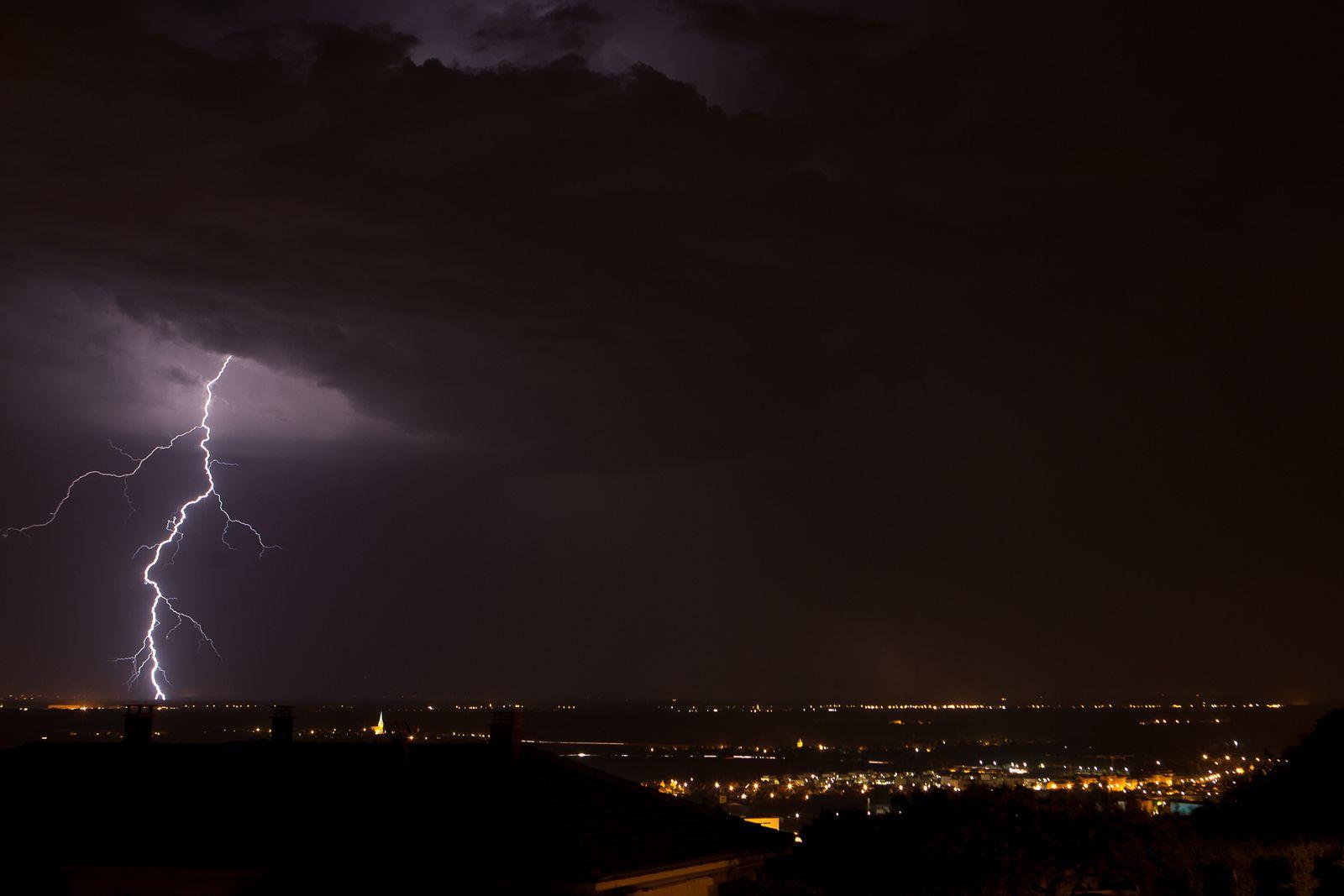 Un soir d'orage, de ma fenêtre