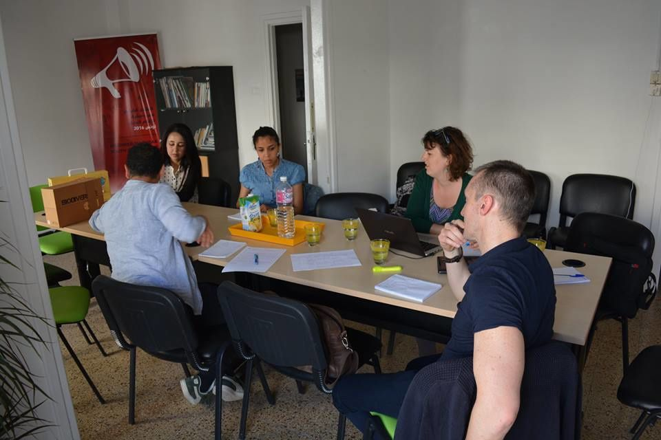Visite des accréditeurs de SALTO Euromed pour évaluer les chances de l'association RAJ-Tunisie par rapport à l'obtention d'une accréditation pour bénéficier du programme Erasmus+.