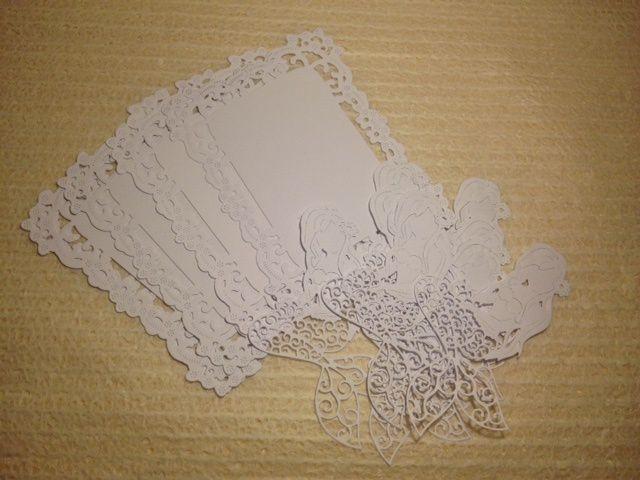 Une très belle carte reçue de Coco avec de jolies découpes! Elle a aussi eu la gentillesse de me renvoyer les découpes, de la dernière photo, perdues par la poste. Milles merci Coco :-)