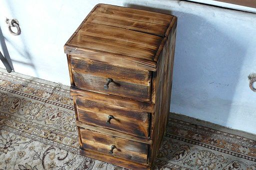 Petit meuble en bois a 3 tiroirs atelier seconde vie for Meuble multi tiroirs bois