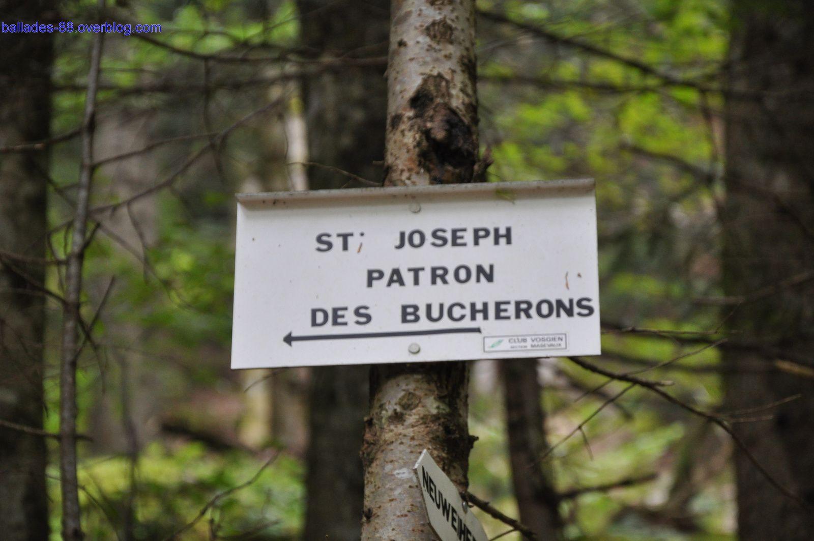 Saint Joseph ,patron des bûcherons.