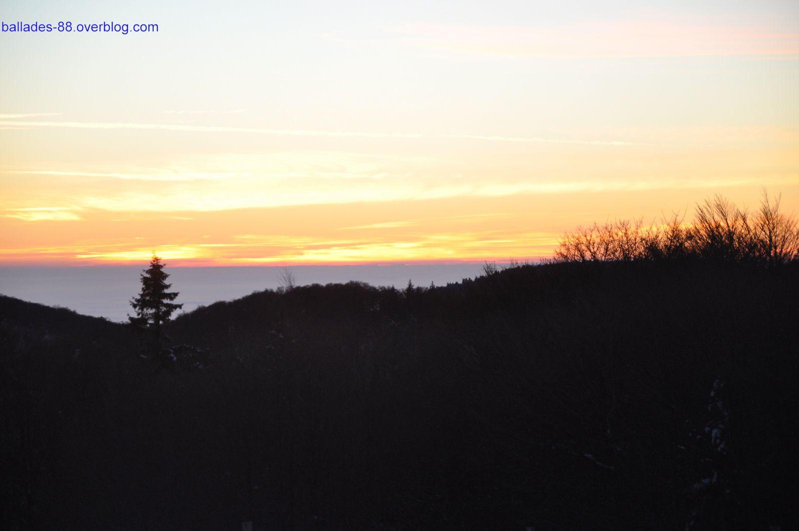 Ballon d'Alsace et coucher de soleil .