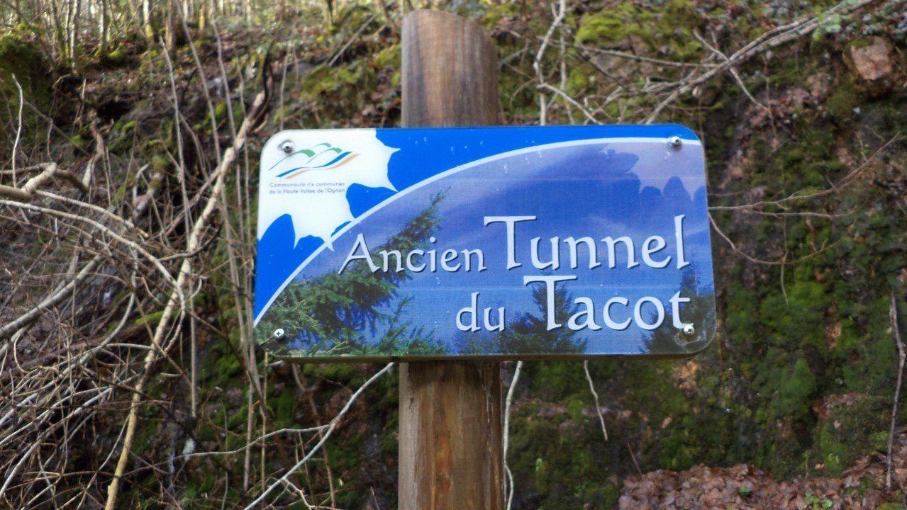 Haut du Them/Chateau Lambert