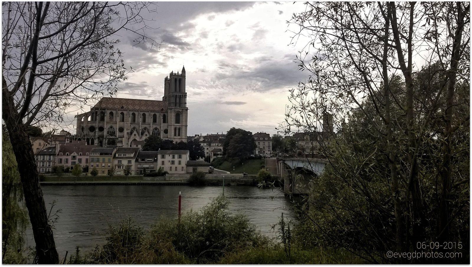 Les bords de Seine en mode &quot&#x3B;grunge&quot&#x3B;..