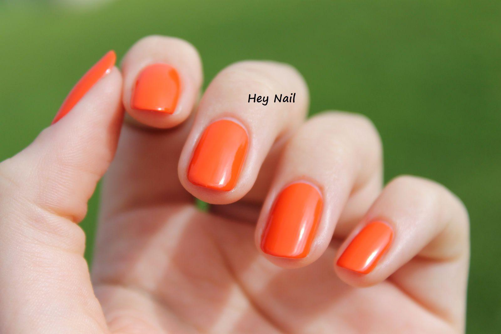 Essence Colour &amp&#x3B; Go n°145 - Flashy Pumpkin