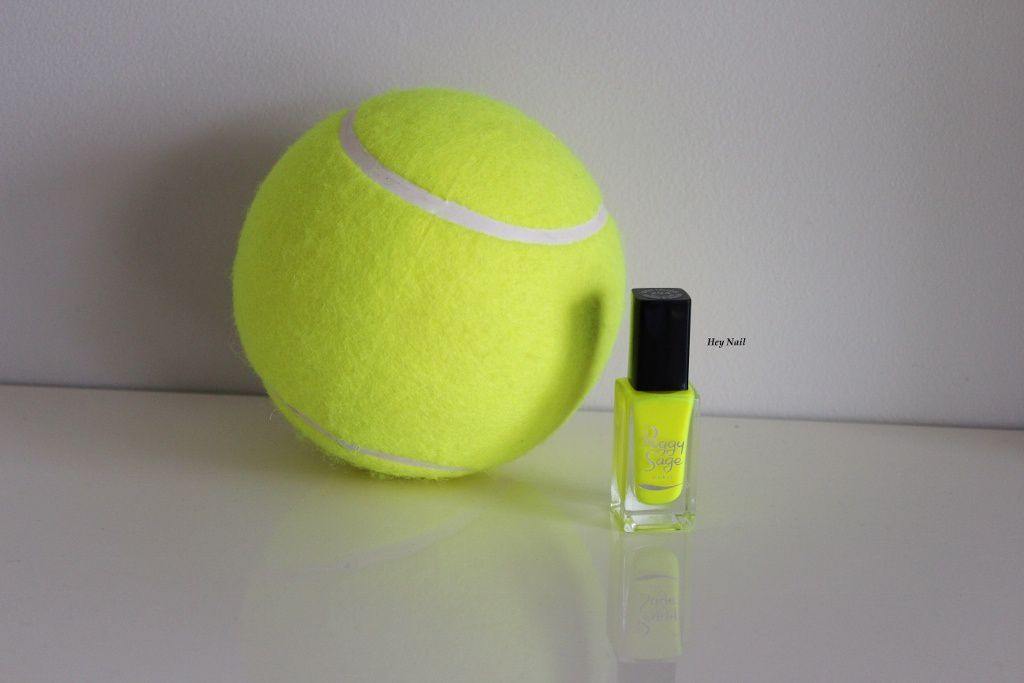 Peggy Sage n°294 - Neon Yellow