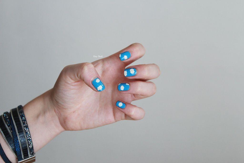 Nail Art Nuages