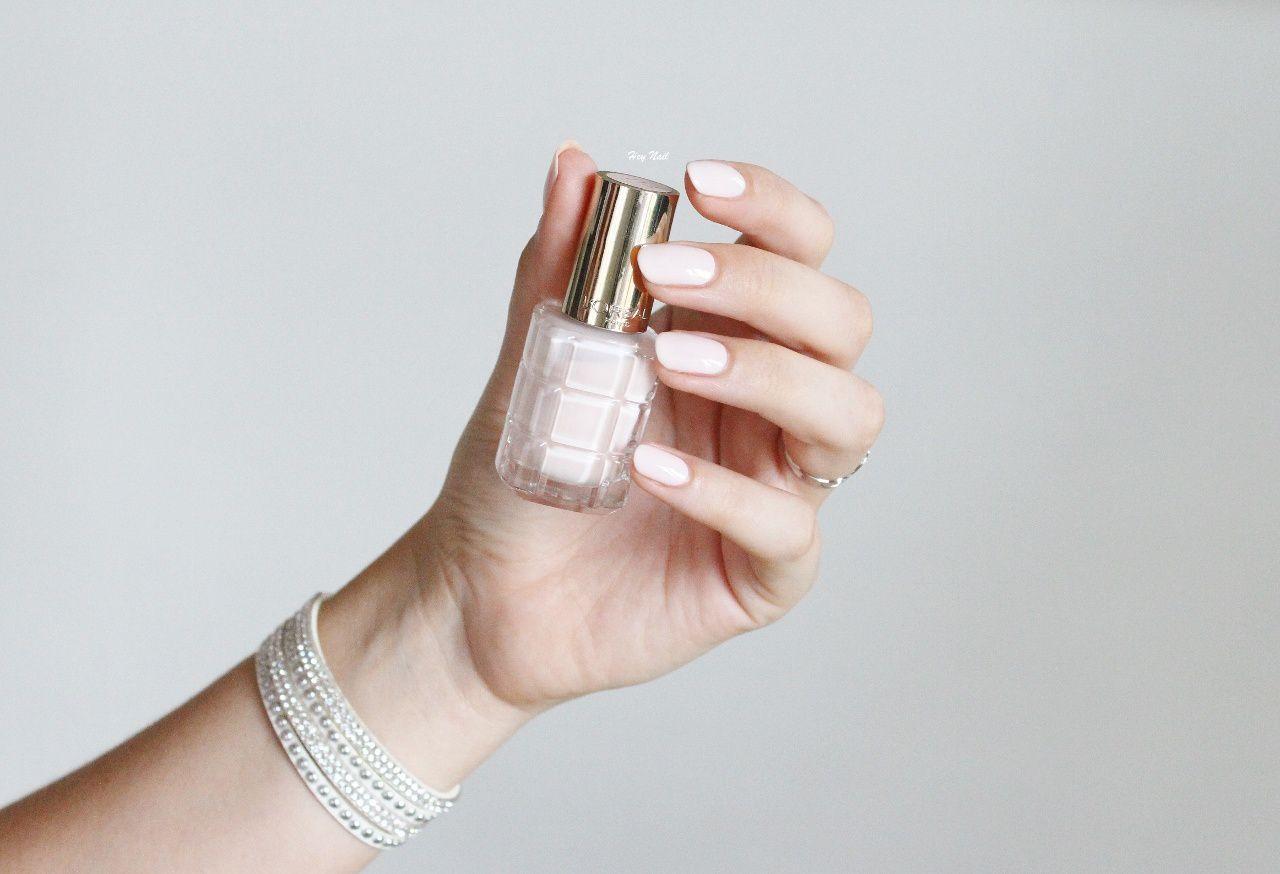 L'Oréal Color Riche Le Vernis a l'Huile - n°114 Nude Mademoiselle