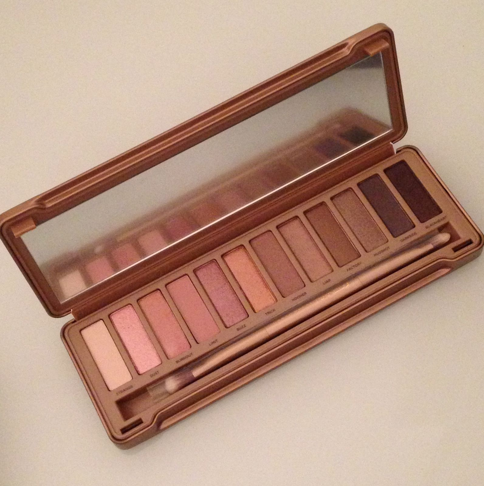 Naked 3 Urban Decay, les swatchs