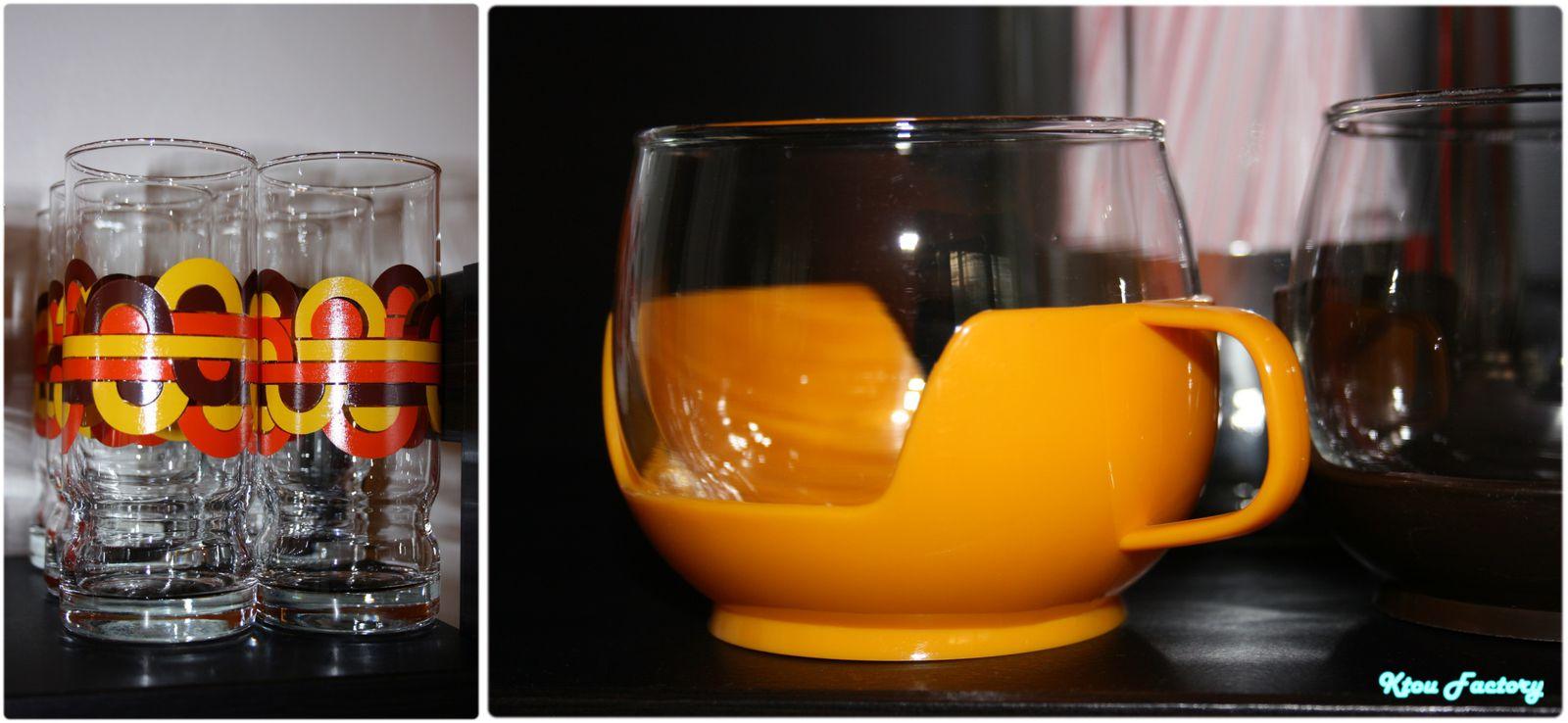 Des verres, des tasses en pagaille...