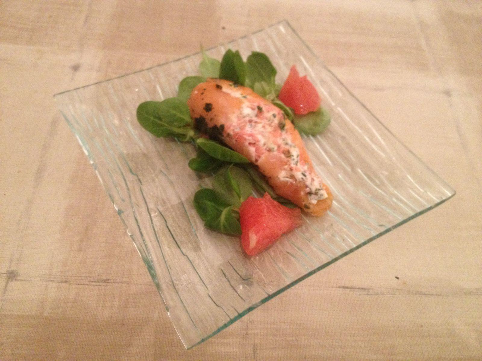 Roulé de saumon chèvre frais pamplemousse