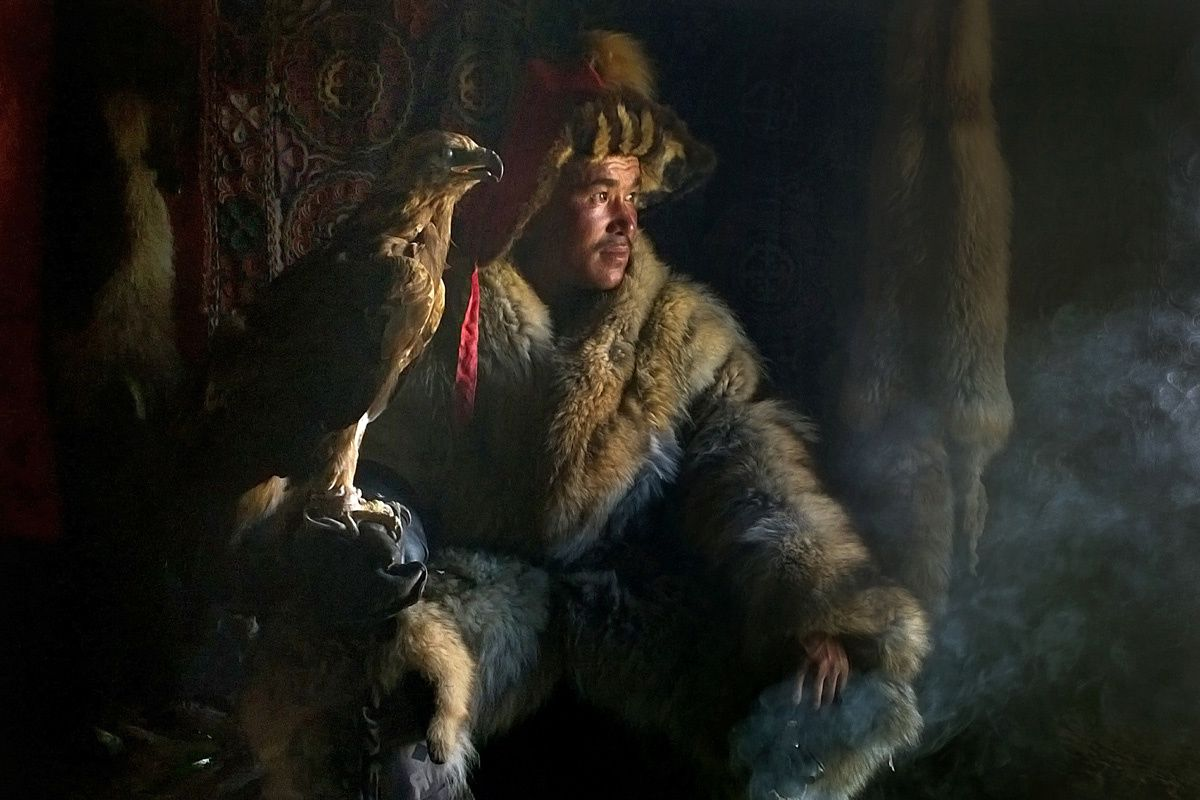 iCaptured (mobile phone category) Highly Commended Timothy Allen (UK)  Mongolia Eagle hunter.