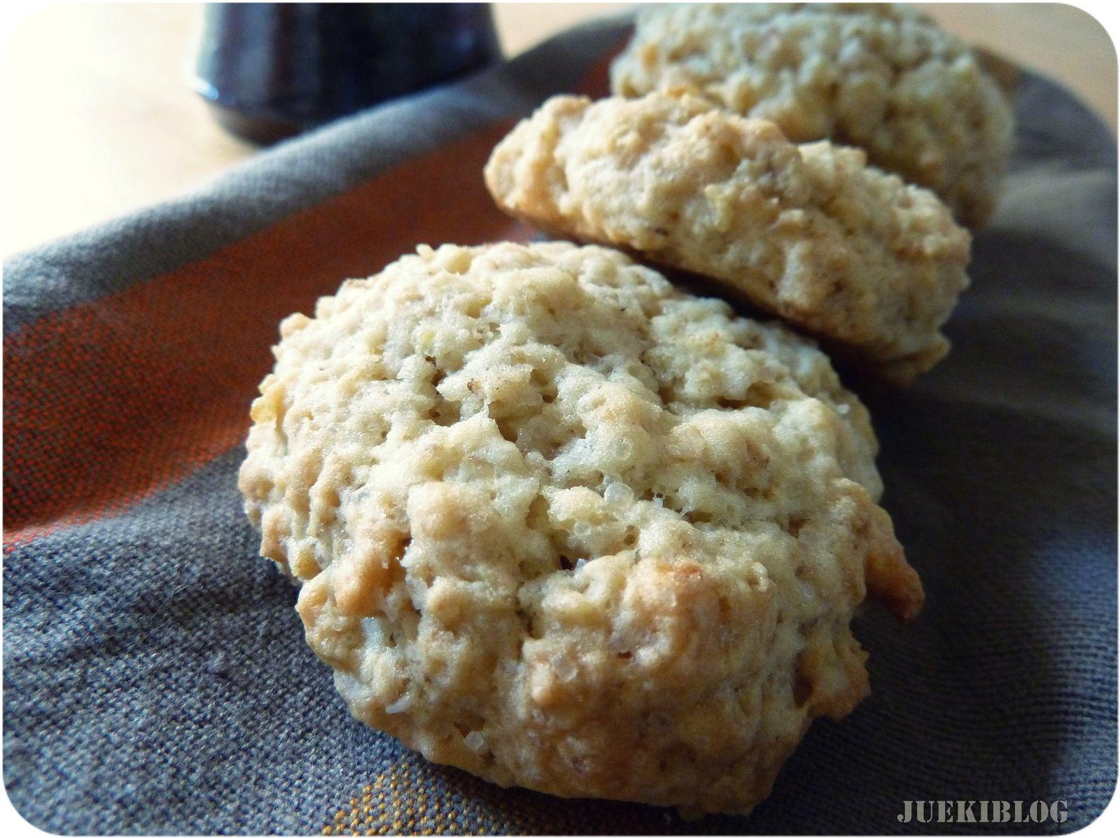 Cookies à l'avoine et au chocolat blanc.