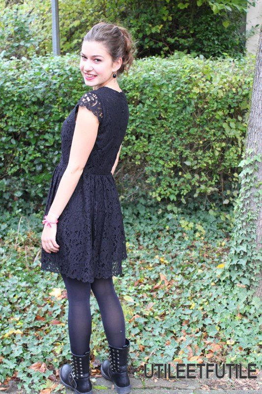 Little Black Dress en dentelle