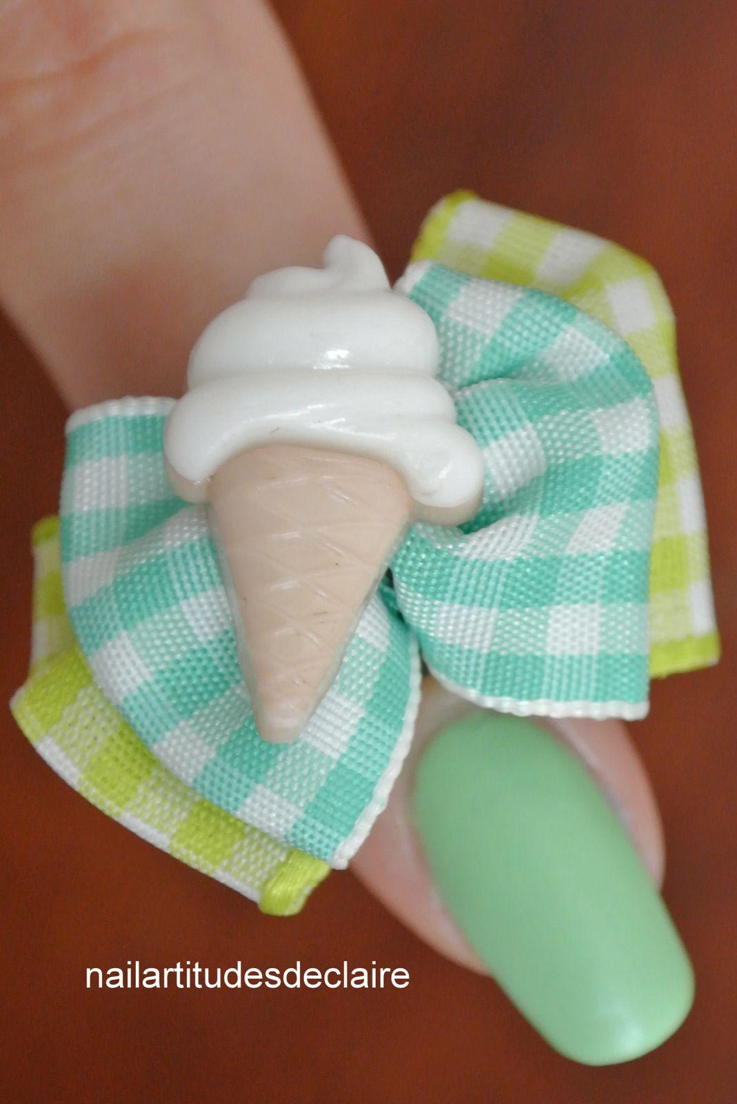 Pastel et bague à la vanille
