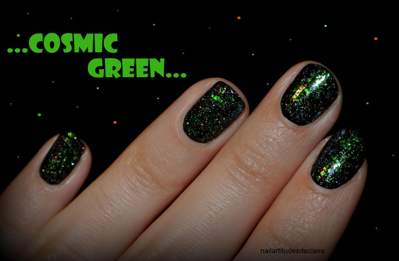 Nail Art Cosmic Green!