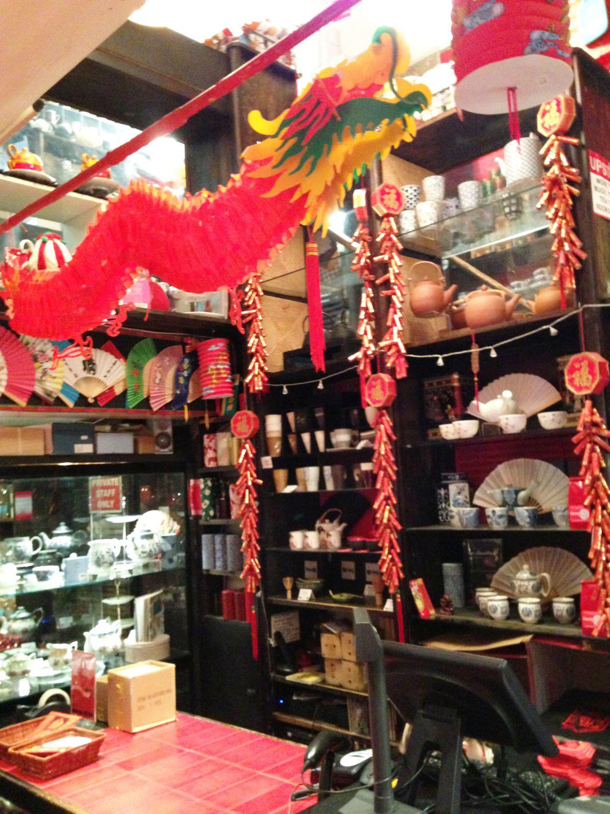 The Tea House: Mon magasin de thé préféré à Londres! Dans une petite rue parallèle au marché couvert de Covent Garden <3