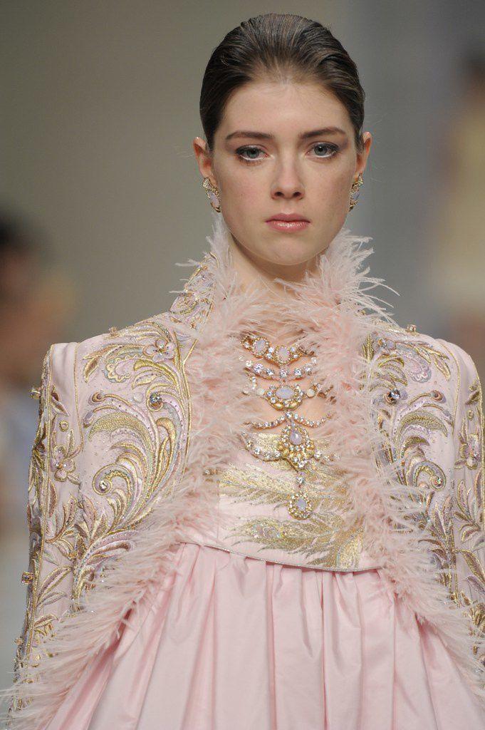 Guo Pei couture collection printemps-Eté 2016