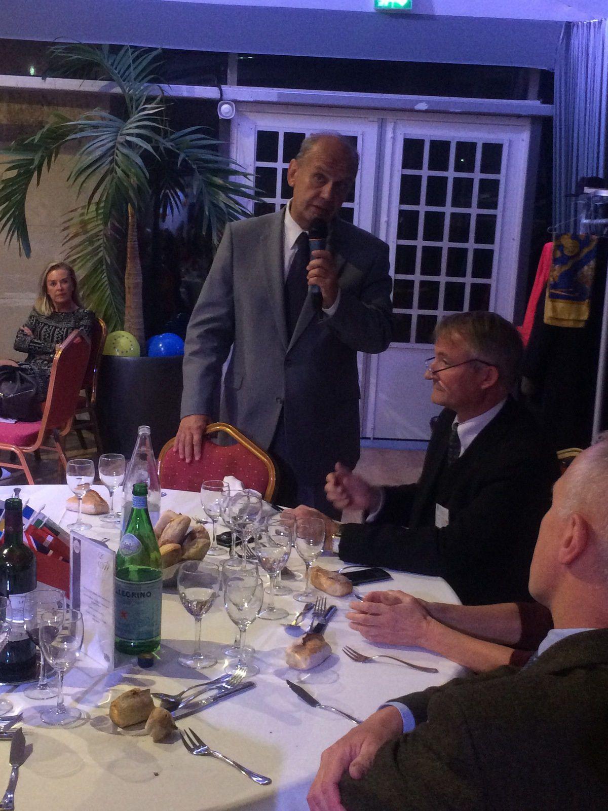 """dîner du 21 octobre 2014 """"La Russie après les guerres géopolitiques actuelles"""" avec Vladimir FEDOROVSKI"""