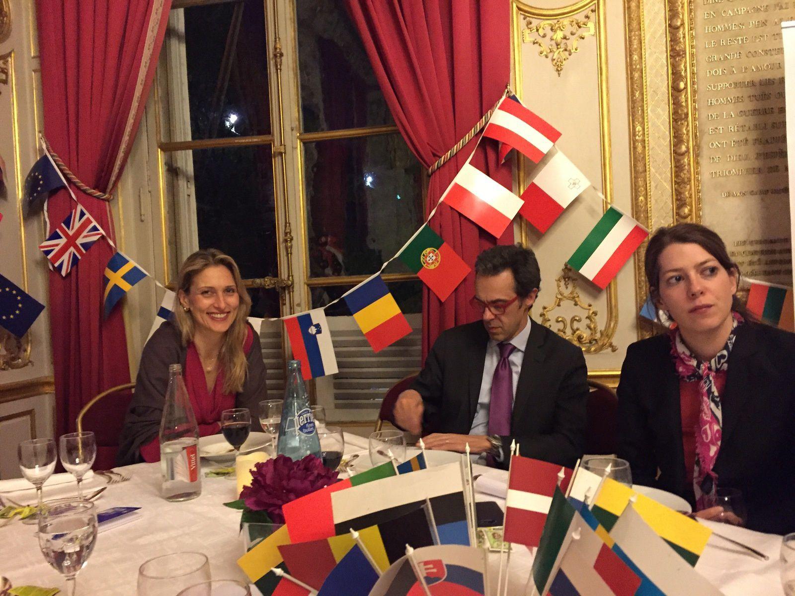 """Mardi 19 avril 2016, l'I.R.C.E. recevait au Sénat M. Jean-Yves LE GALL, Président du CNES sur le thème """"Entre NewSpace et puissances émergentes, le double défi de l'Europe spatiale"""""""