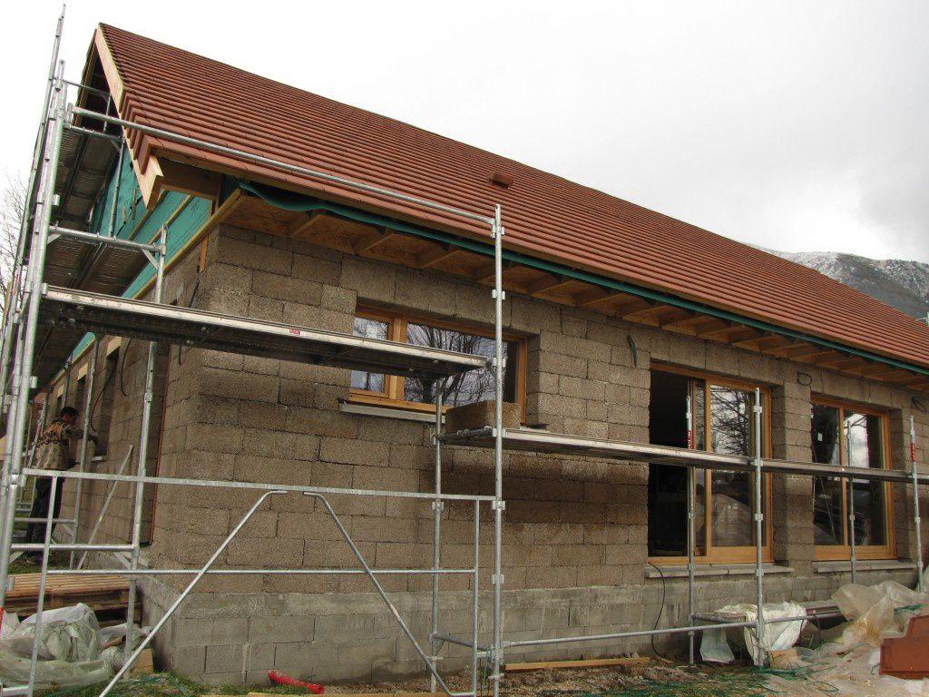 Tuiles 2 de bois de bloc for Bloc construction bois