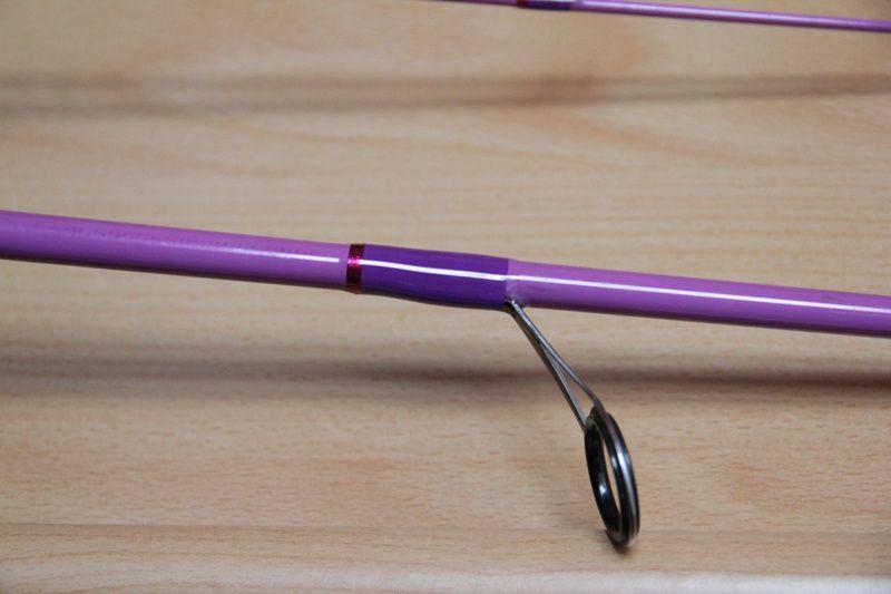 Révovation d'une canne à pêche Hearty Rise en bien piteux état... les ligatures ont bien souffert. Refaite à neuf avec la couleur des ligatures d'origine.