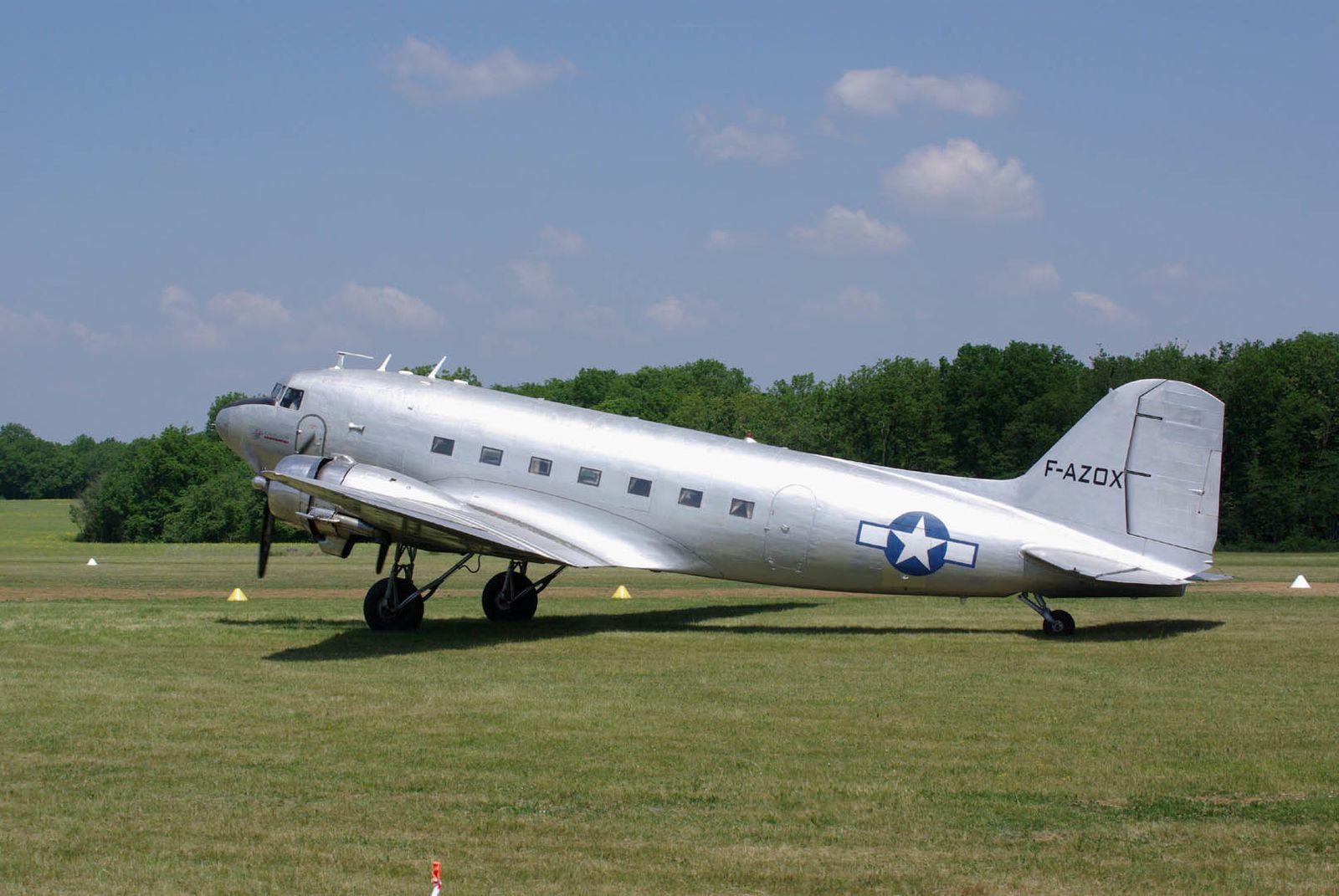 Le Douglas DC-3 F-AZOX