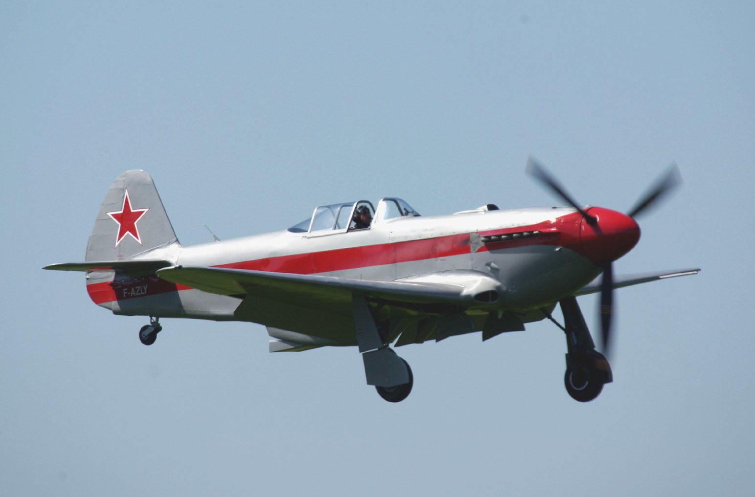 Le Yak 3 F-AZLY