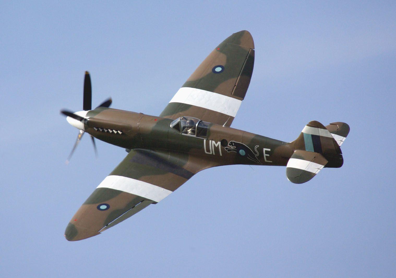 Le Supermarine Spitfire MK-XIX F-AZJS