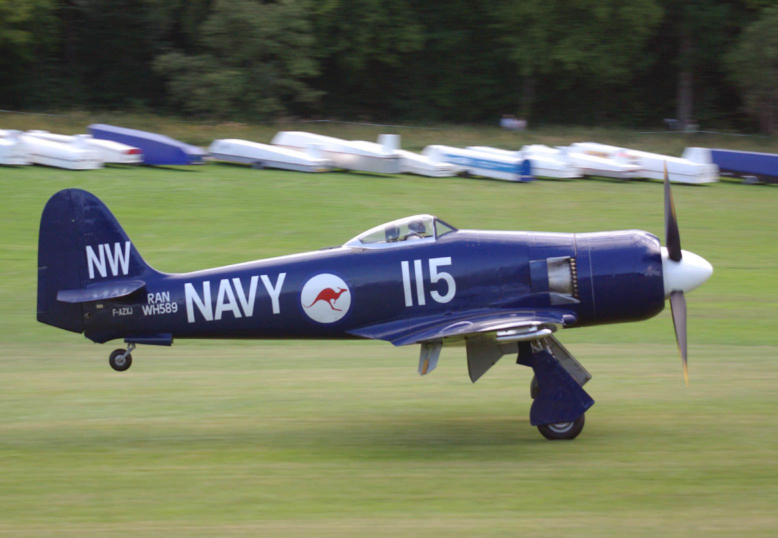Le Hawker Sea Fury F-AZXJ