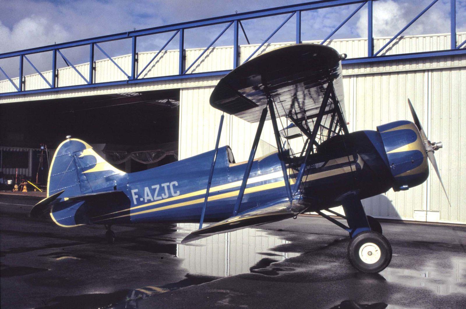 Le Waco UPF-7 F-AZJC actuellemnent en restauration.