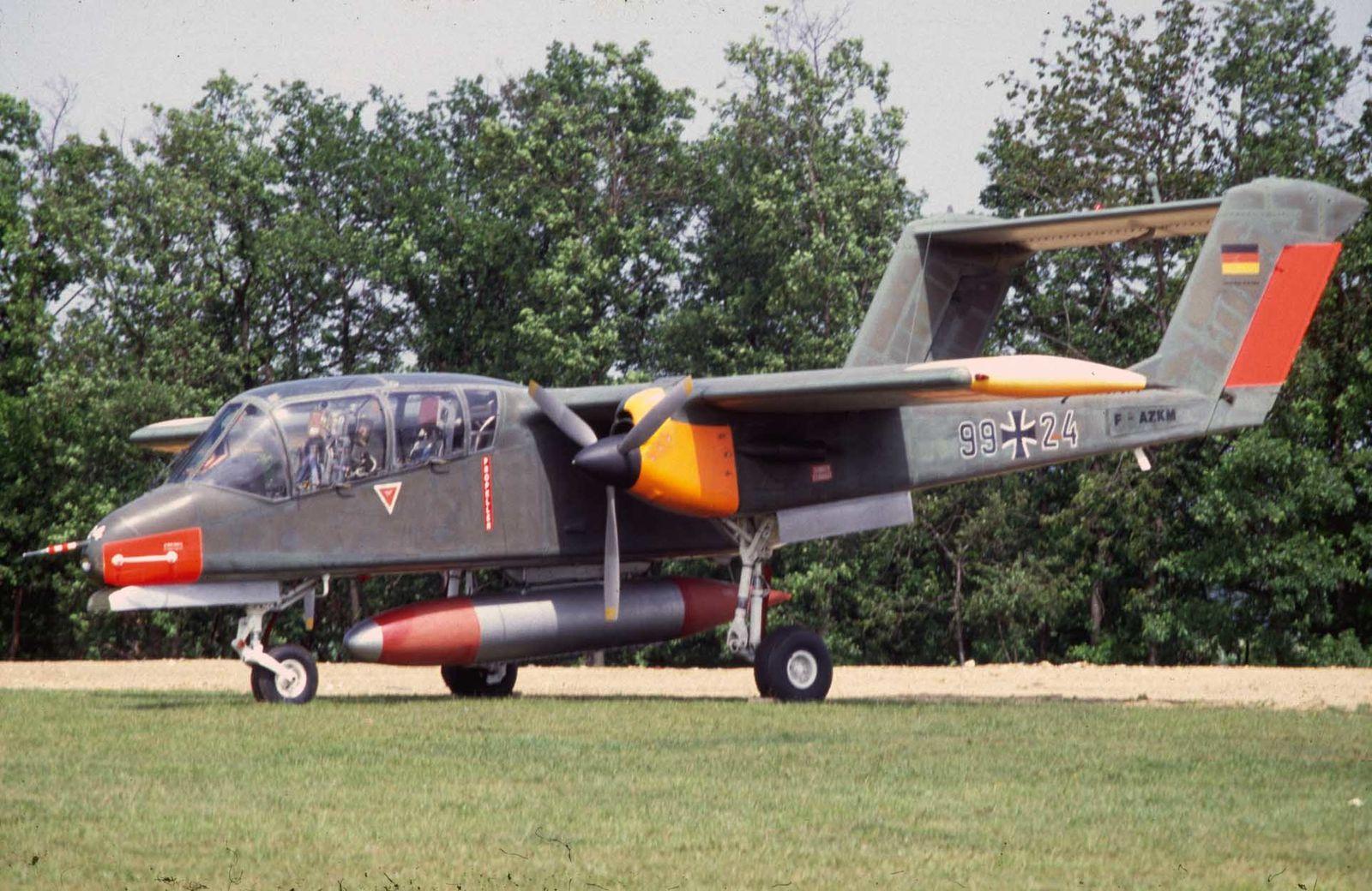 Le NA OV-10 Bronco F-AZKM
