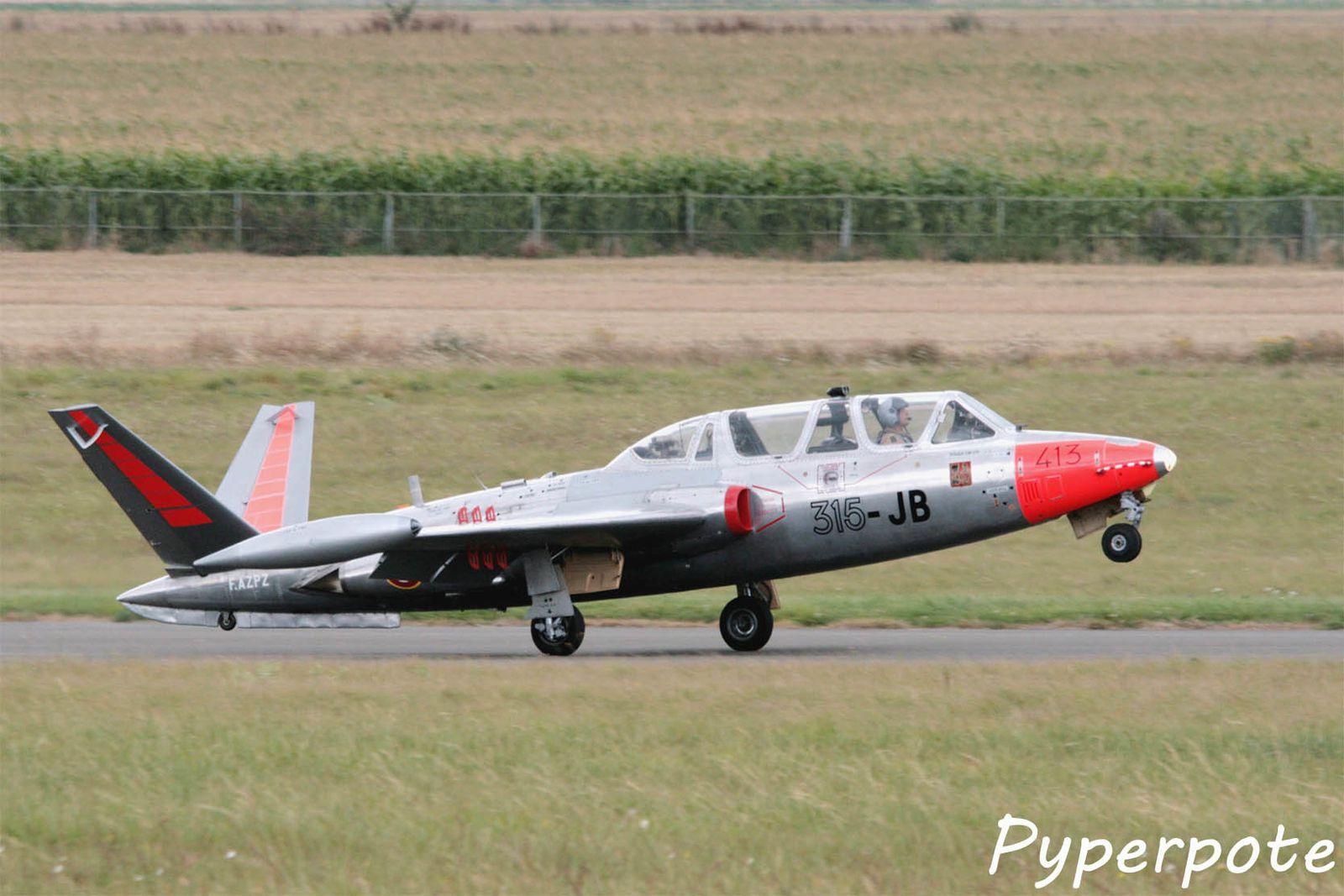 Le Fouga CM-170 Magister F-AZPZ  (photo Pyperpote)