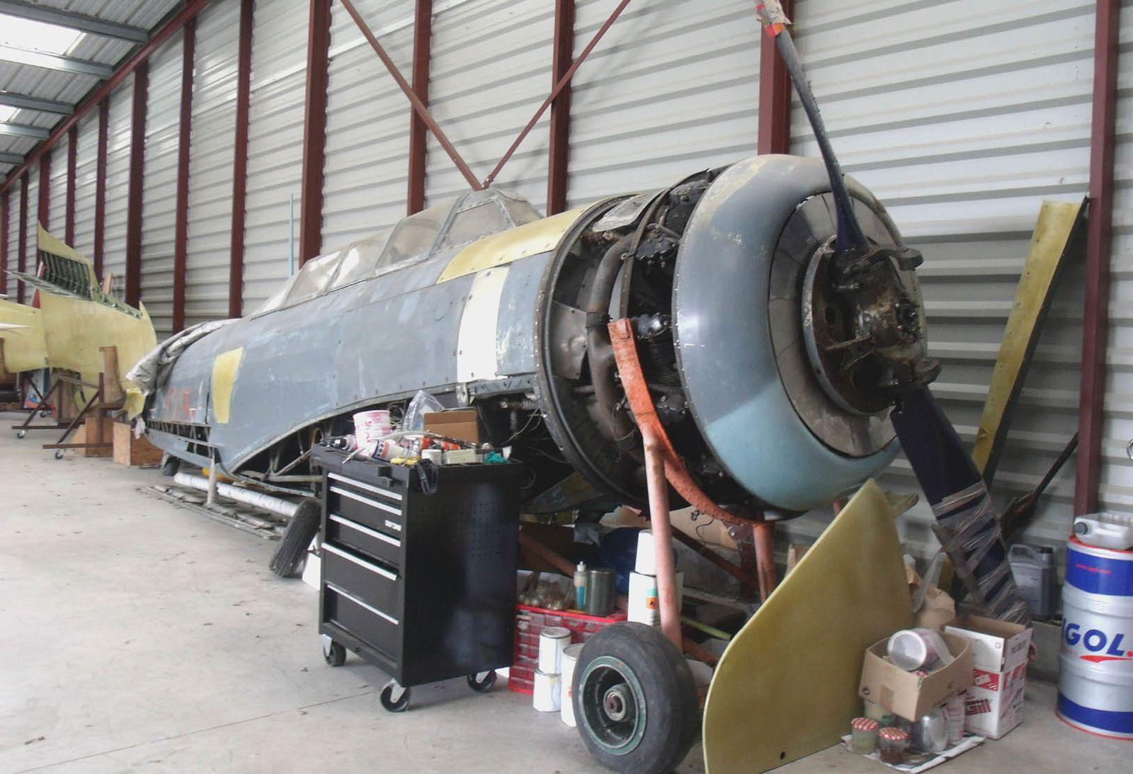 Le Yak 11 F-AZYL