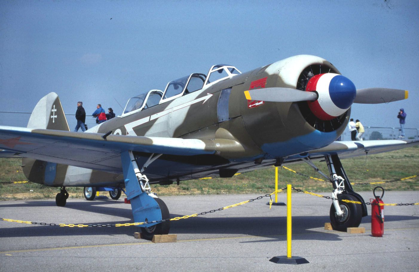 Le Yak 11 F-AZYA, à l'époque où il était OO-YAK