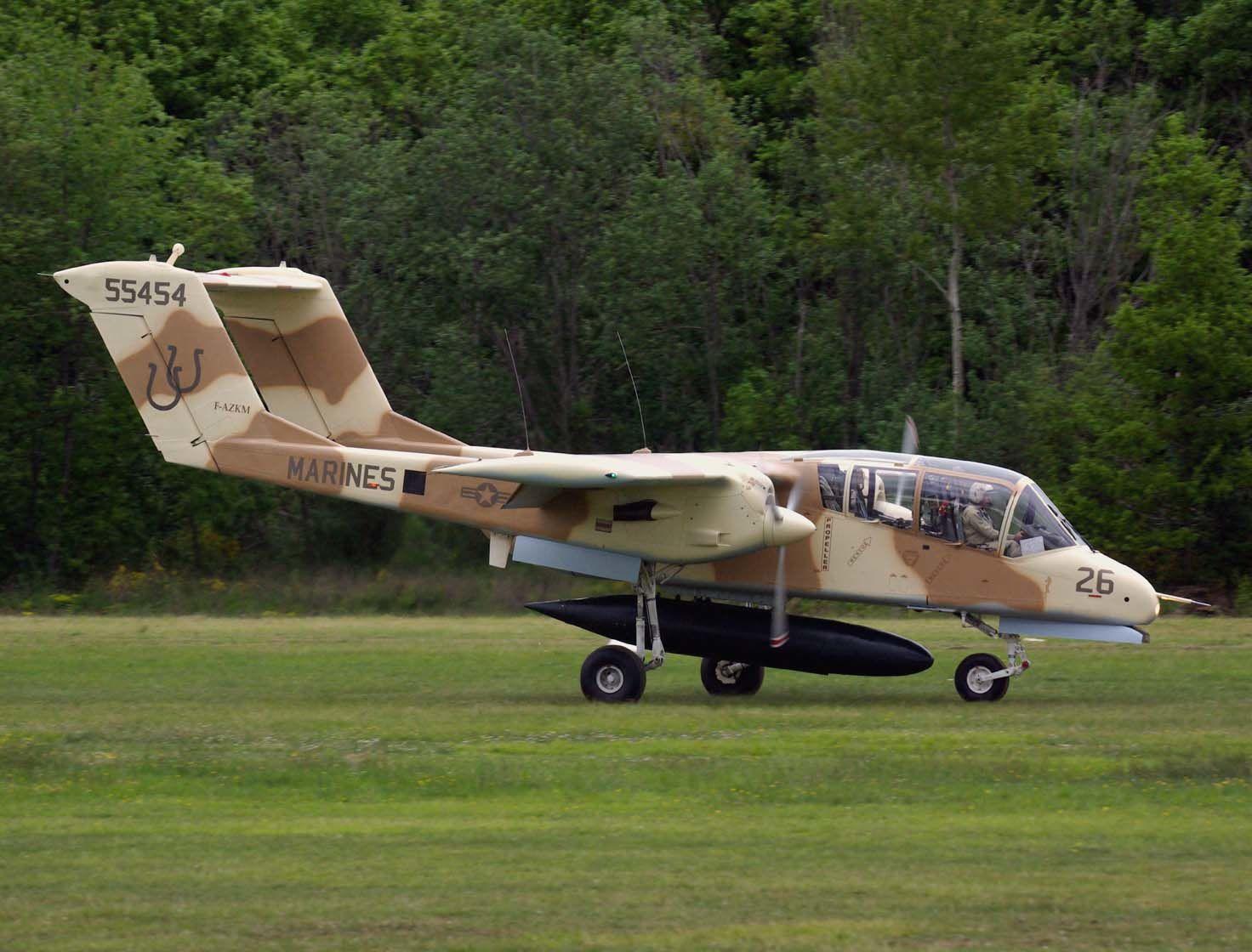 Le Rockwell OV-10 Bronco F-AZKM de Montélimar avec ses nouvelles couleurs.
