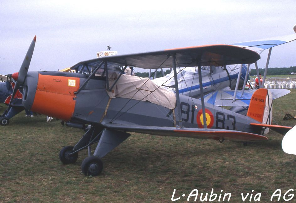 Le Bucker 131 Jungmann F-AZGH (photo L.Aubin via AG)
